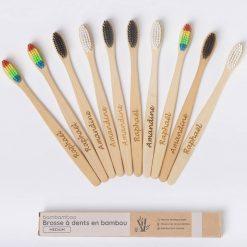 10 brosses à dents en bambou personnalisées
