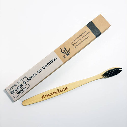 brosse à dents en bambou avec emballage